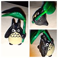 Sparkly Totoro figure by LittleCLUUs