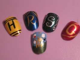 Harry Potter Nails by hatterlet