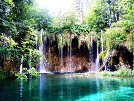 amazing wateRfall by leEarch