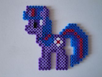 Twilight Sparkle Hama Sprite by rinoaff10
