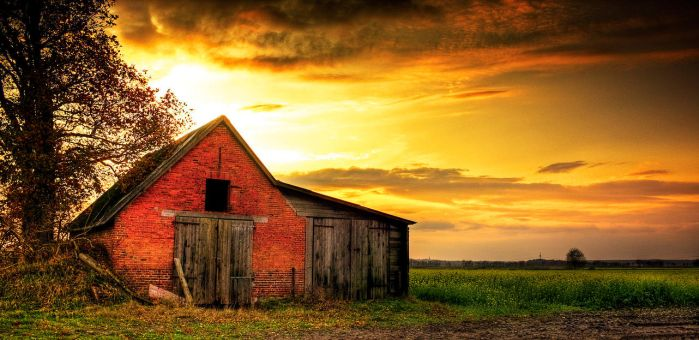Old Barn #1 by nassimhasan