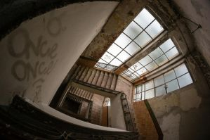 Once upon a time from stairs top... by EkNoa