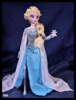frozen ooak snow queen elsa doll. by verirrtesIrrlicht