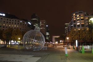 La Defense: esplanade by zhuravlik26