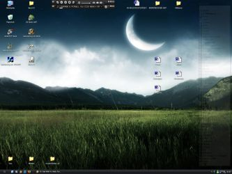 My little Desktop :D by tondowebmedia