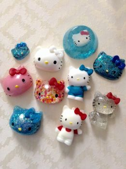 Hello kitty resin pieces  by Lisa99