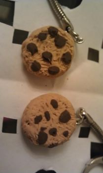 Chocolate chip cookies! by ZombieCharms