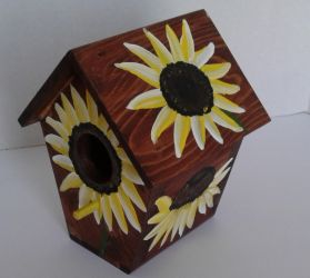 Custom made Sunflower on a Stained Birdhouse by sweetpie2