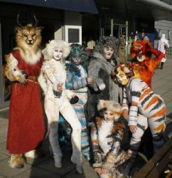 London Expo - Cat with CATS by tarangryph