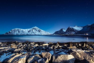 Flakstad at night by Stridsberg
