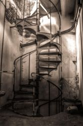 circular staircase by liebeSuse