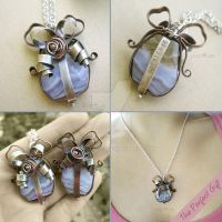 The Perfect Gift Necklace by popnicute