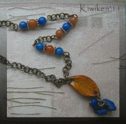 Falling Leaves - Necklace by Kiwiken