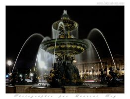 Paris fountain - 002 by laurentroy