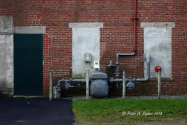 Water or Gas? by peterkopher