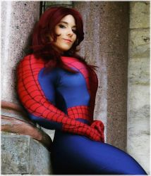 MUSCLED UP SPIDERGIRL by SuperGirlStrength
