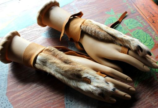 Coyote and Jackal Paw Handflowers by lupagreenwolf