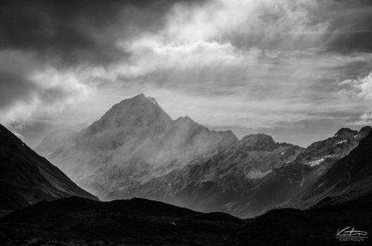 Mt Cook, New Zealand by kaetrouv