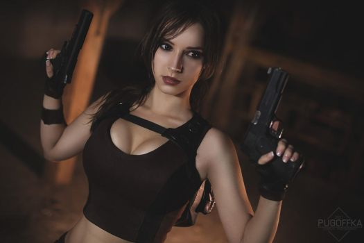Lara Croft cosplay - Tomb Raider  VI. by EnjiNight