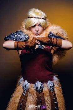 Astrid Hofferson - How to train your dragon 2 by CynShenzi
