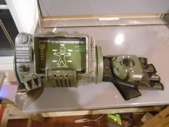 PIP-Boy 3000: 3D Printed Complete 2 by Selvagem76
