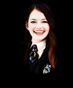 Mackenzie Foy as Ravenclaw by PoketJud