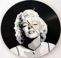 Marilyn Monroe vinyl clock by vantidus