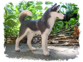 Proud Husky Sculpture by WildSpiritWolf