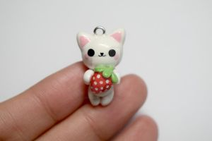Strawberry Cat by lyssacrafts
