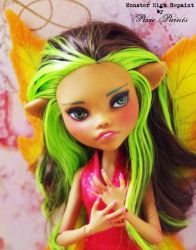 Autumn Fairy - Monster High Repaint by PixiePaints