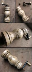 Pepper grinder piglet edition - working replica by Arcangelo-Ambrosi