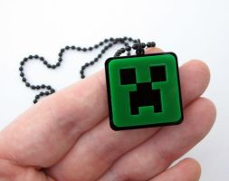 Minecraft Creeper necklace by milkool