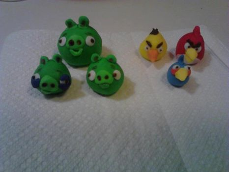 Angry Fondant Birds by willowdecree