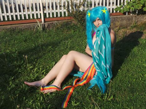 Sona LoL Pool Party by DidyPineapple