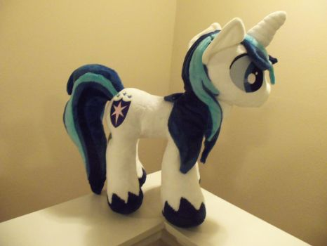 Shining Armor by SweetwaterPony