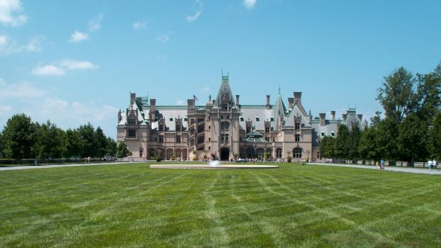 Biltmore House - Front by f700es