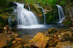 Small Labski Waterfall #2 by yonashek
