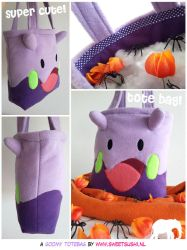 Goomy Totebag by Bathsua