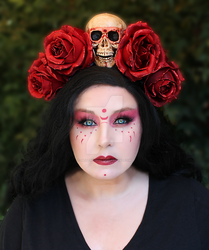Red Rose and Skull Headpiece by glittrrgrrl