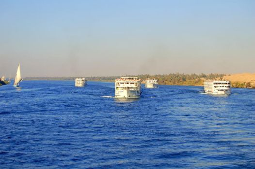 On The Nile 6 by mynando