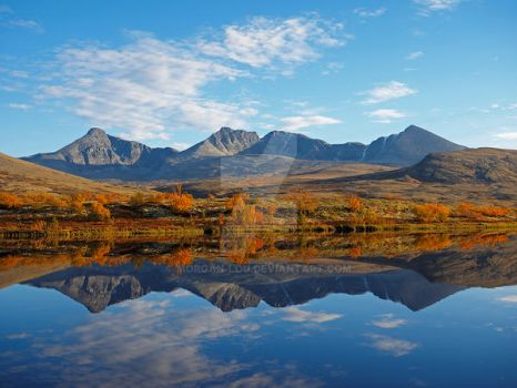 Autumn reflections in Rondane by Morgan-Lou