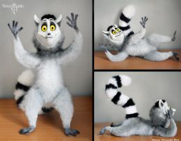 King Julian by Flicker-Dolls