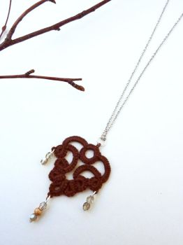 Oak Leaf Pendant by photopixie