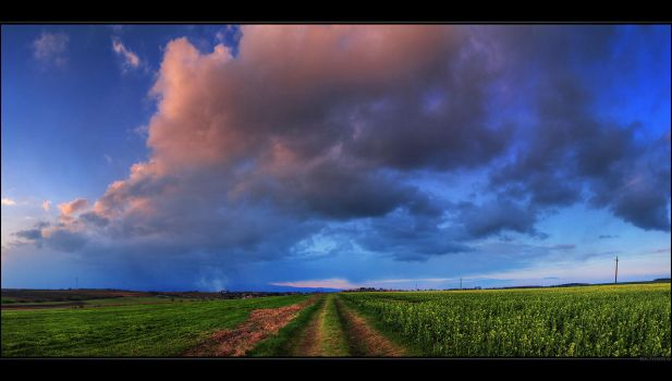 Hungarian skies pt.CXXIV. by realityDream