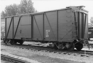 Central Vermont Wooden Boxcar by PRR8157