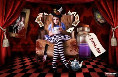 The Dark Side of Alice by justonme