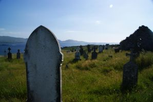 Graveyard by the Sea by wafitz