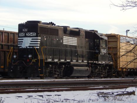 FURX GP38-2 #5545 by Tracksidegorilla1