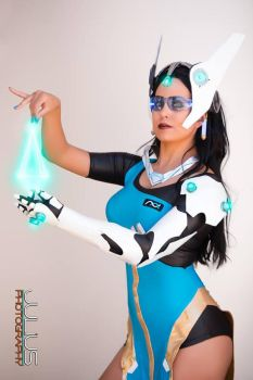 Overwatch Symmetra Cosplay : Disorder is the Enemy by Khainsaw