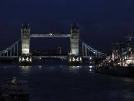 Tower Bridge by labronico7
